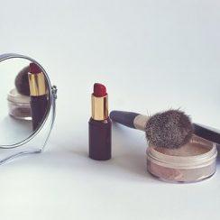 top makeup brands in India